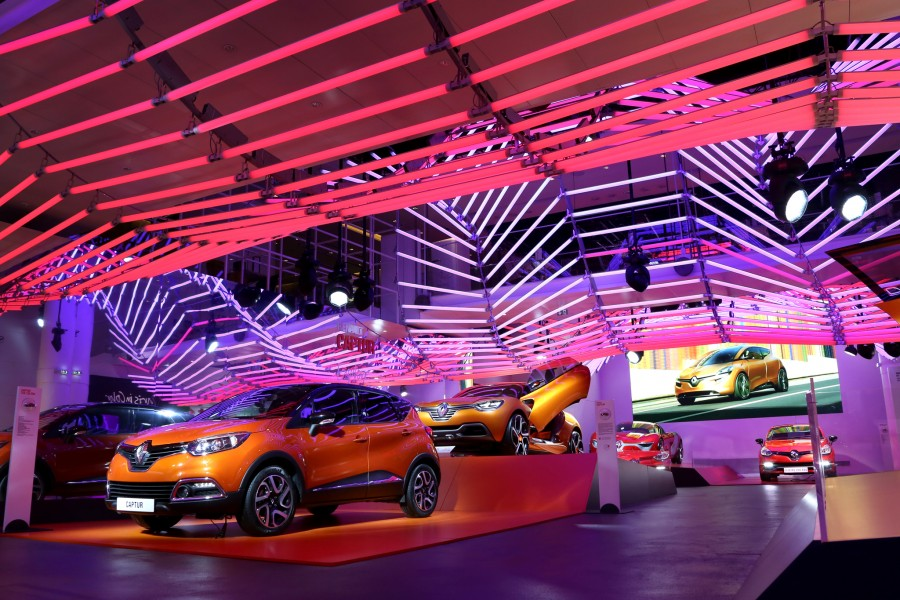 Kinetic-Lights-Renault-Color-Manifesto-001-900x600
