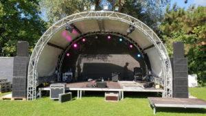 Bühnen auf Open Air Festival