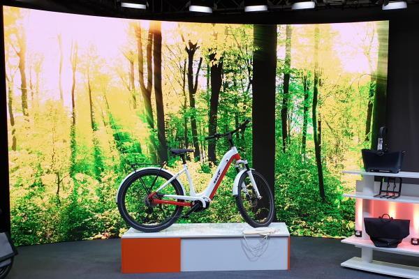 AVMS_E-Bike-Cafe_EBIKE-Das-Original_600_3