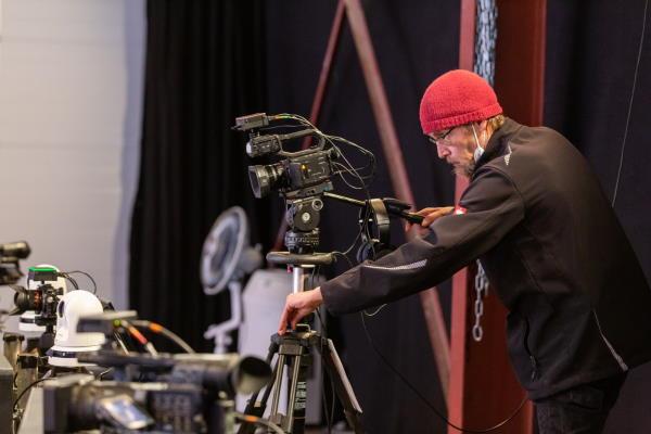 Kameramann im AVMS Studio