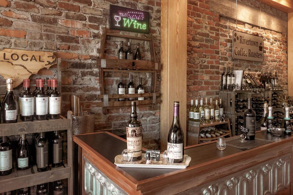 Weinprobe Online Weintheke im Weinlokal